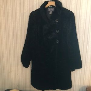 Women's Beautiful Coat. Size 6.